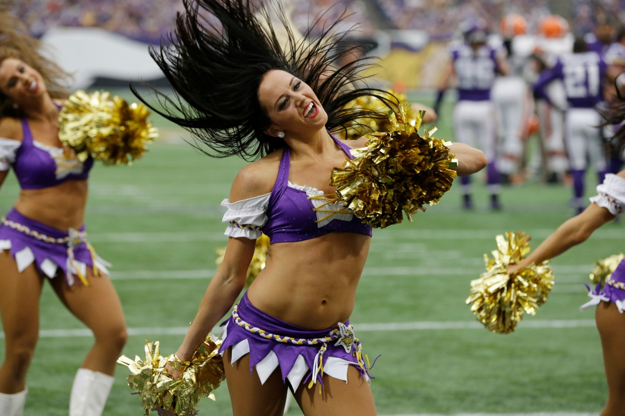 Minnesota Vikings Cheerleaders at Browns Game